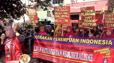 Pasca Reformasi di Indonesia: Kelompok Masyarakat Madani Intoleran v.s Gerakan Feminisme Indonesia