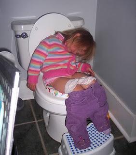 Posisi Lucu Orang Lagi Tidur