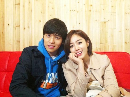 Aktor lee jang woo dan eunjung t-ara , kembali bertengkar karena mereka mengungkapkan
