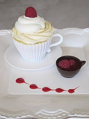 Lemon Mousse Tres Leche Cupcakes