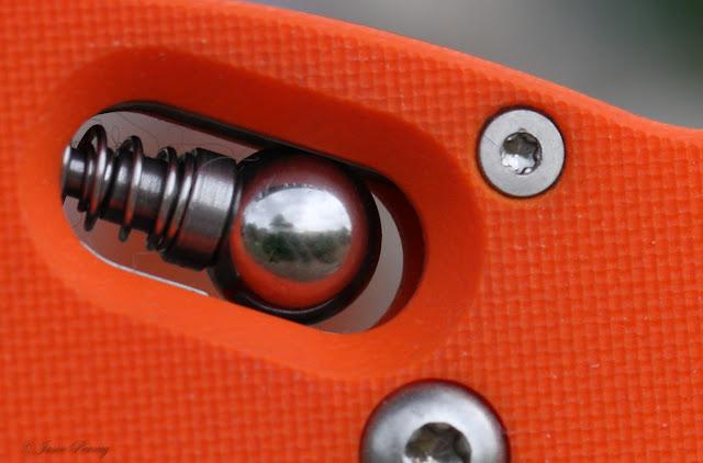 Spyderco Orange Dodo (Sprint) ~ C80GOR - Ball Lock