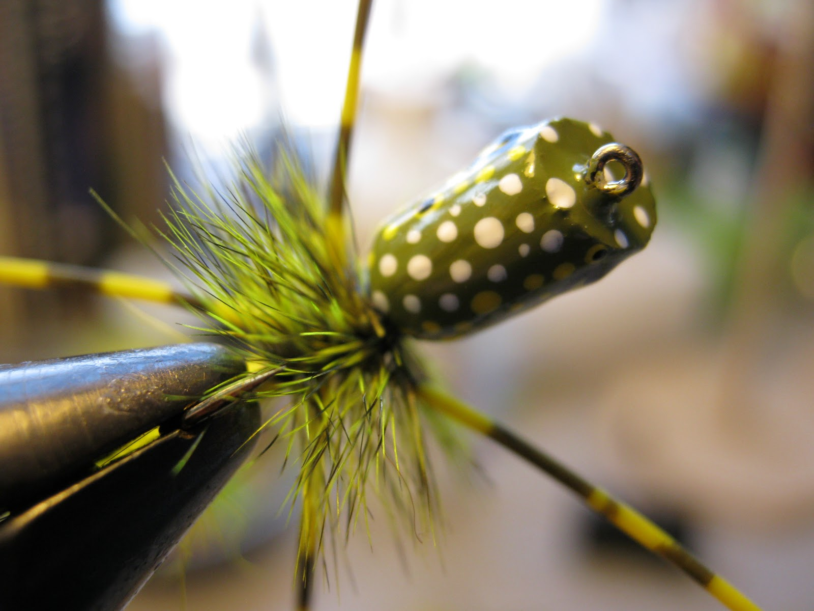 Fly fishing tying obsessed sbs for a frog popper for Fly fishing poppers