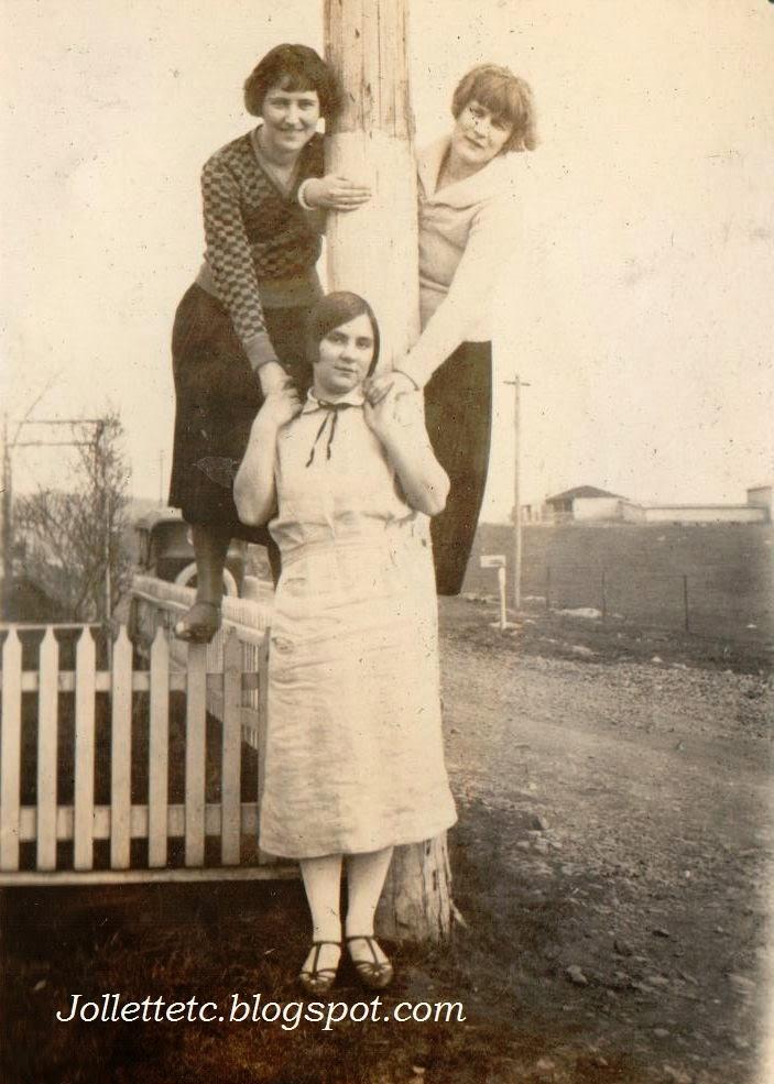 Velma Davis, Thelma Hockman, Elise Taylor 1925
