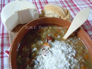 legumi, pomodori Cettaicale, peperoni di Senise, cacioricotta