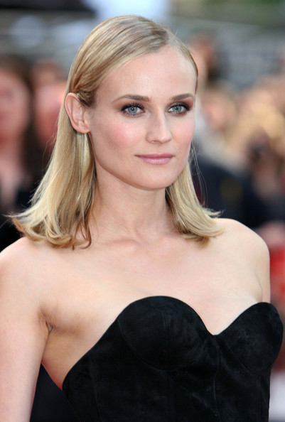 Diane-Kruger-Medium-Straight-Haircut