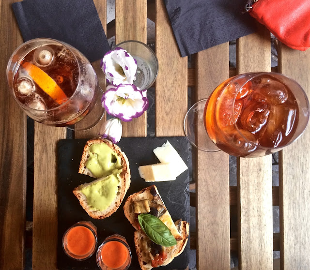 Cocktails in Rome  Trastevere
