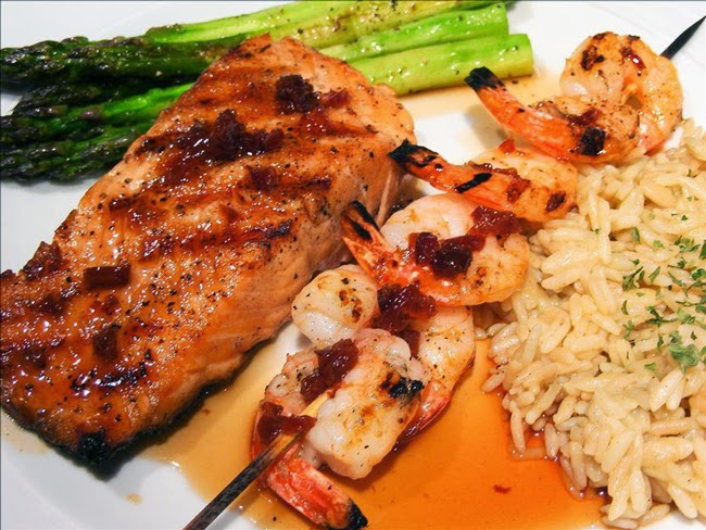 Red Lobster Maple-Glazed Salmon And Shrimp Copycat Recipe