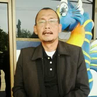 H.M. Pariyo, SE. M.Si at Thailand for business trip