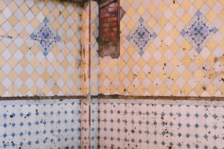 Church St tiled walls