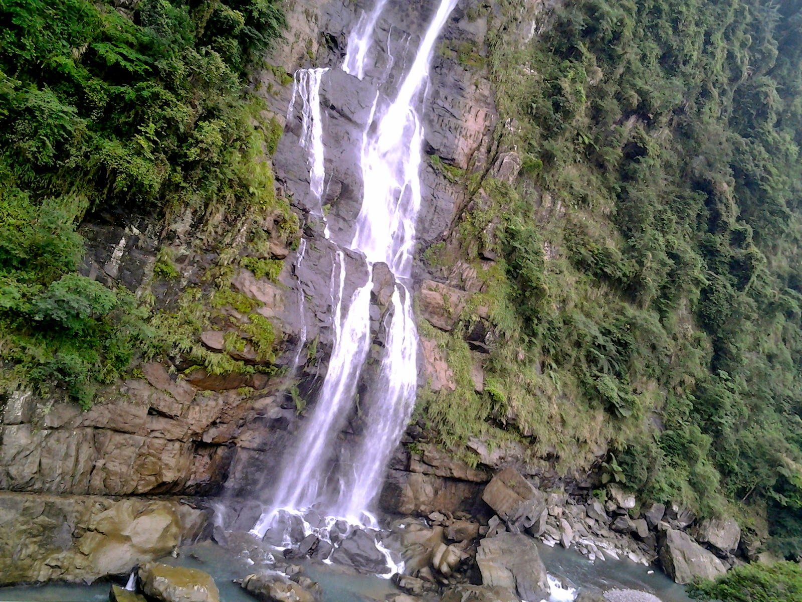 The bottom part of Wulai waterfall Taiwan