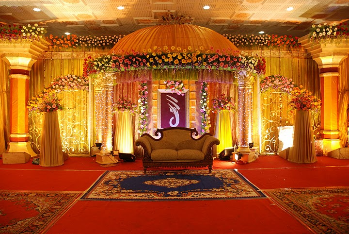 Maharashtrian Wedding Stage Decoration : Pin mehndi stages stage decoration hall decor for asian