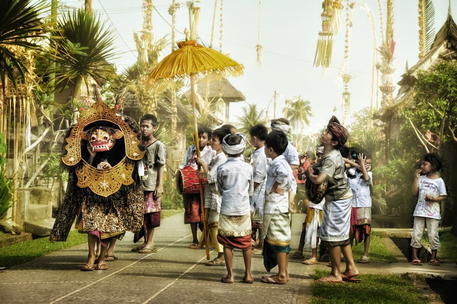 Ngelawang Barong, Sebuah Tradisi Pasca Hari Raya Galungan ...