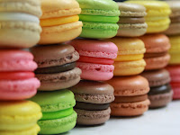 http://youthcentral.com/wp-content/uploads/2015/03/Macarons.jpg