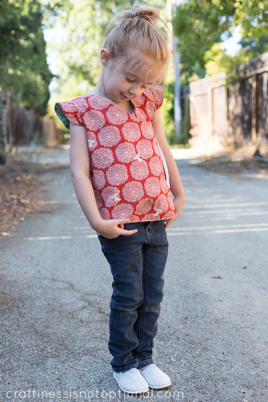 reversible wrap top tutorial and free pattern for birch fabrics! (oh ...