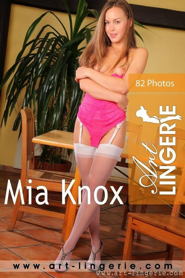 AL_20131228_Mia_Knox Art-Lingerie2-28 Mia Knox 06280