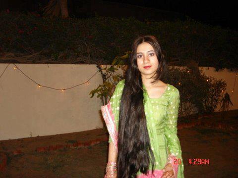 Long Hair Hair Styles   Braid And Free Open Long Hair Gallery