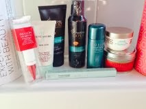 Beauty Blooger Monthly Boxes