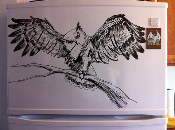 Artista transforma a geladeira em tela de pintura e cria incriveís ilustrações