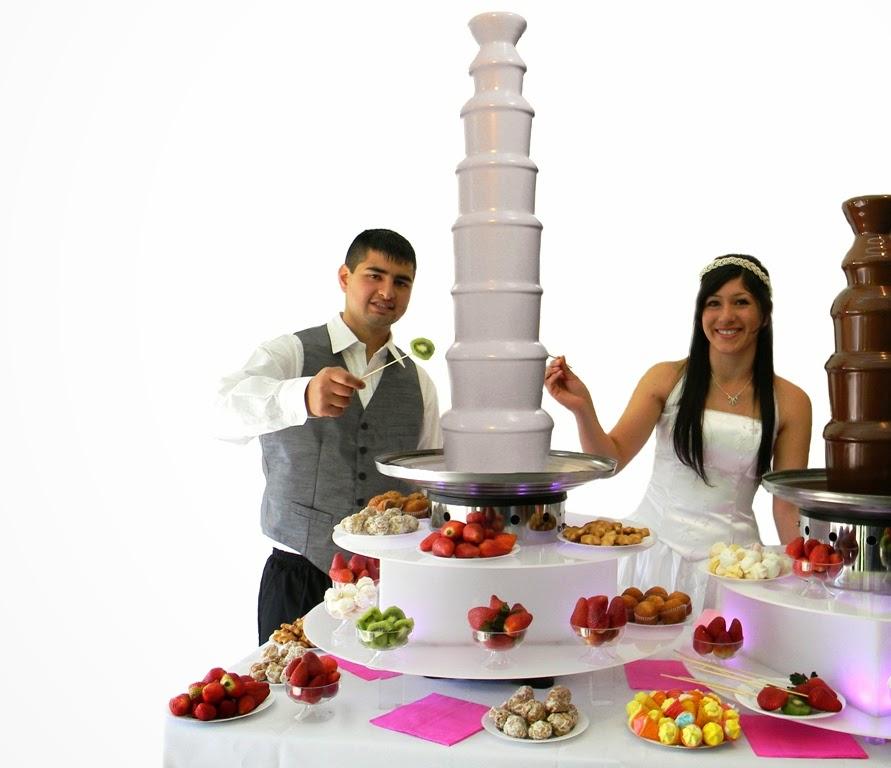 Cascada de chocolate Blanco la Nueva Torta de Bodas en Catering Salones de fiestas