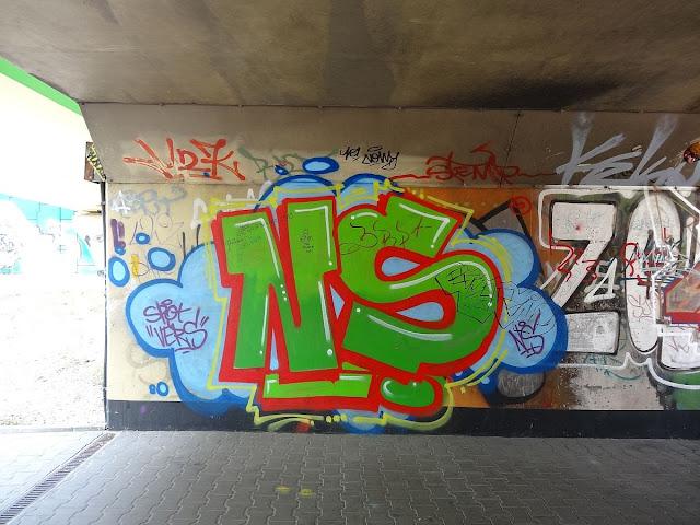 Graffiti w rejonie węzła Marsa
