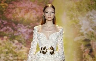 robe de haute couture défilé printemps été 2014Haute couture Zuhair Murad  blanche brodé de perles