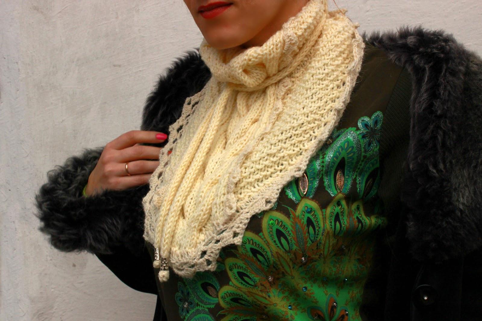 бактус, вязаная косынка, необычный шарф, ажурный бактус, красивый шарф, горжетка, вязаный бактус, настроение своими руками, Яна SunRay