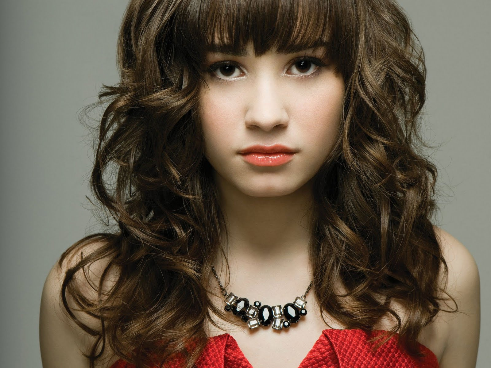 After her rehab stint last year for emotional and physical issues that included eating disorders and cutting i thought that former disney star demi