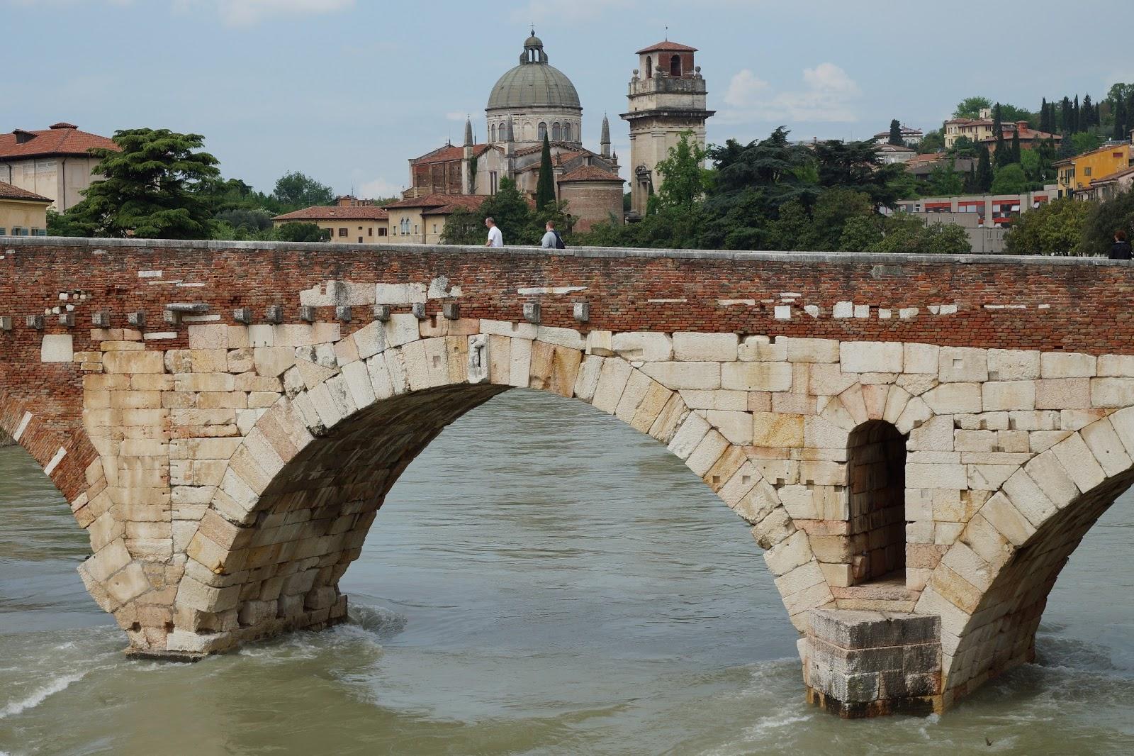 Ancient Roman bridge in Verona   original stone is lighter coloured Roman Bridges