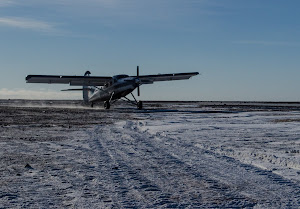 The Twin Otter arriving to pick us up
