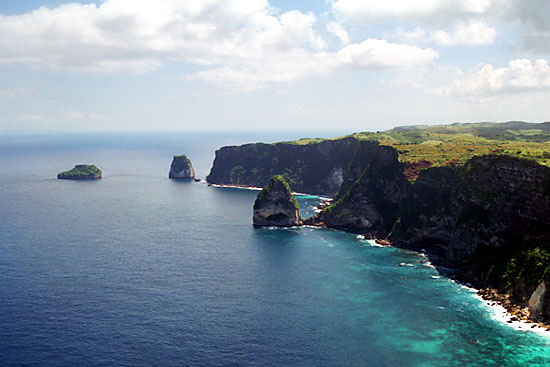 tempat wisata pantai nusa penida