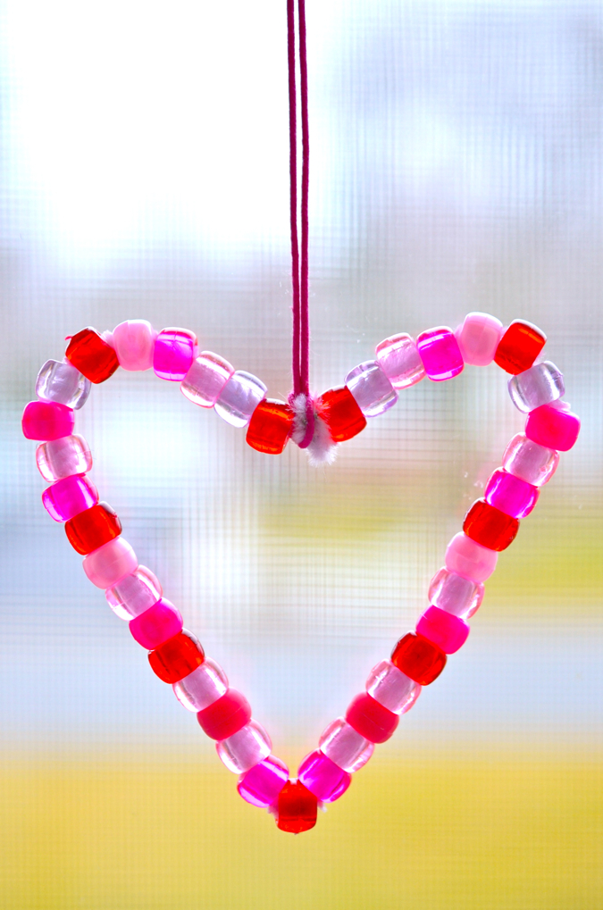 Scissors and Spice Easy Valentines Day Beaded Card Ornament – Easy Valentine Card