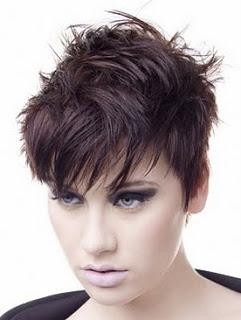 ... Die Haare Von Kate Hudson Und Scarlett Johansson Gestylt, Haben Sich  Die Frauen, Wie Man Am Besten Kurze Frisuren Für Ihre Gesichtsform Finden  Lehren.