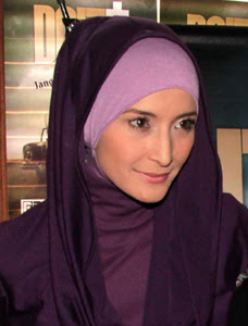 Jilbab Muslimah: Model jilbab inneke