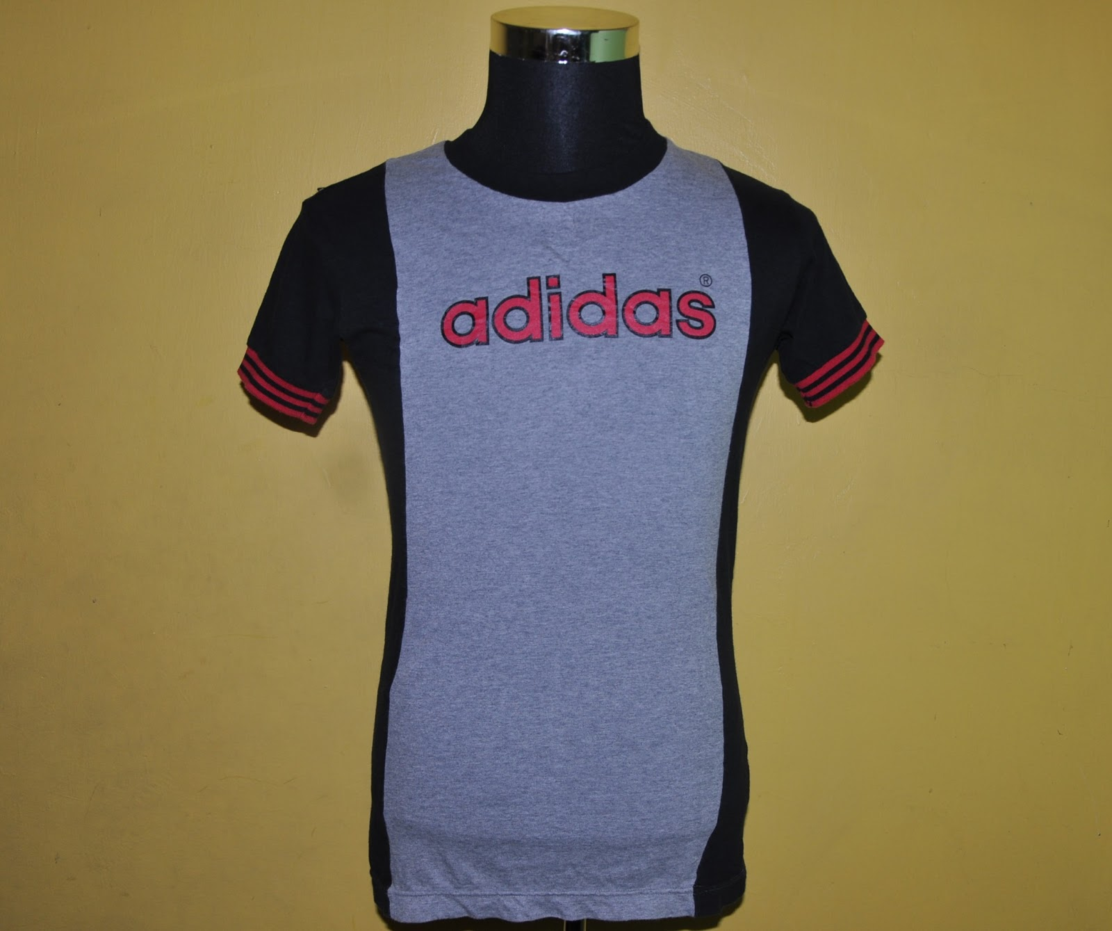 Podshop vintage adidas t shirt for Adidas classic t shirt