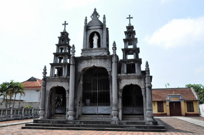 Thăm lại Cố đô Hoa Lư - Nhà thờ đá Phát Diệm.