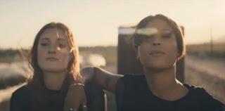 Icona Pop Girlfriend Icona Pop, de viaje en...
