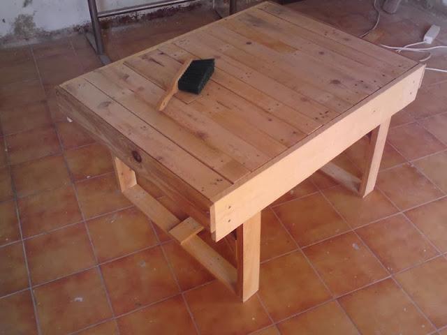 Diy mesa de centro hecha con palets - Mesas de palet ...