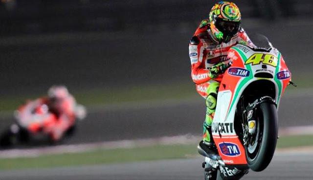 Valentino Rossi Bertahan di Tim Ducari Musim Depan