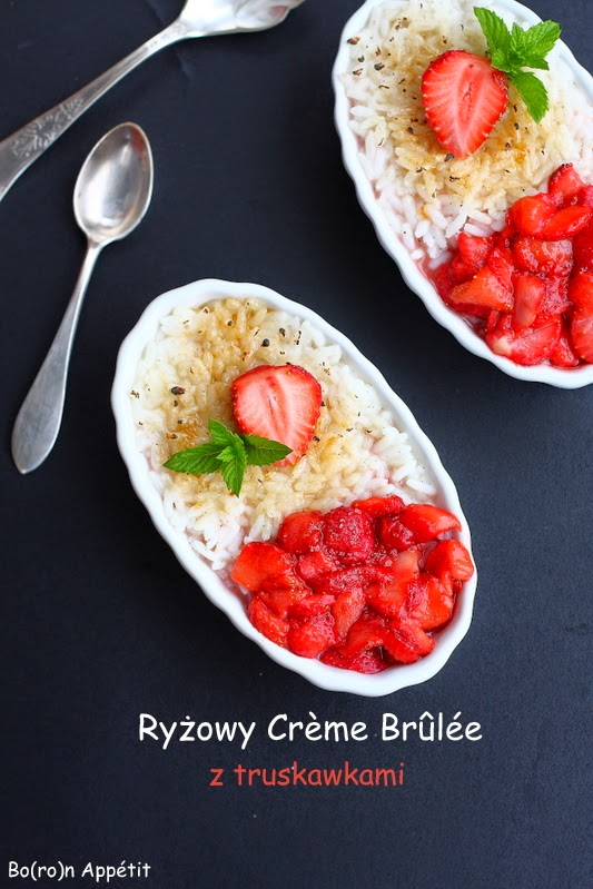 Ryżowy Creme Brulee z truskawkami