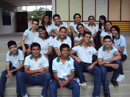 Integrantes do Grêmio Estudantil JMF