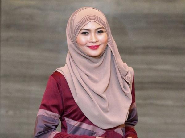 Siti Nordiana Mohon Maaf Kepada Peminat!
