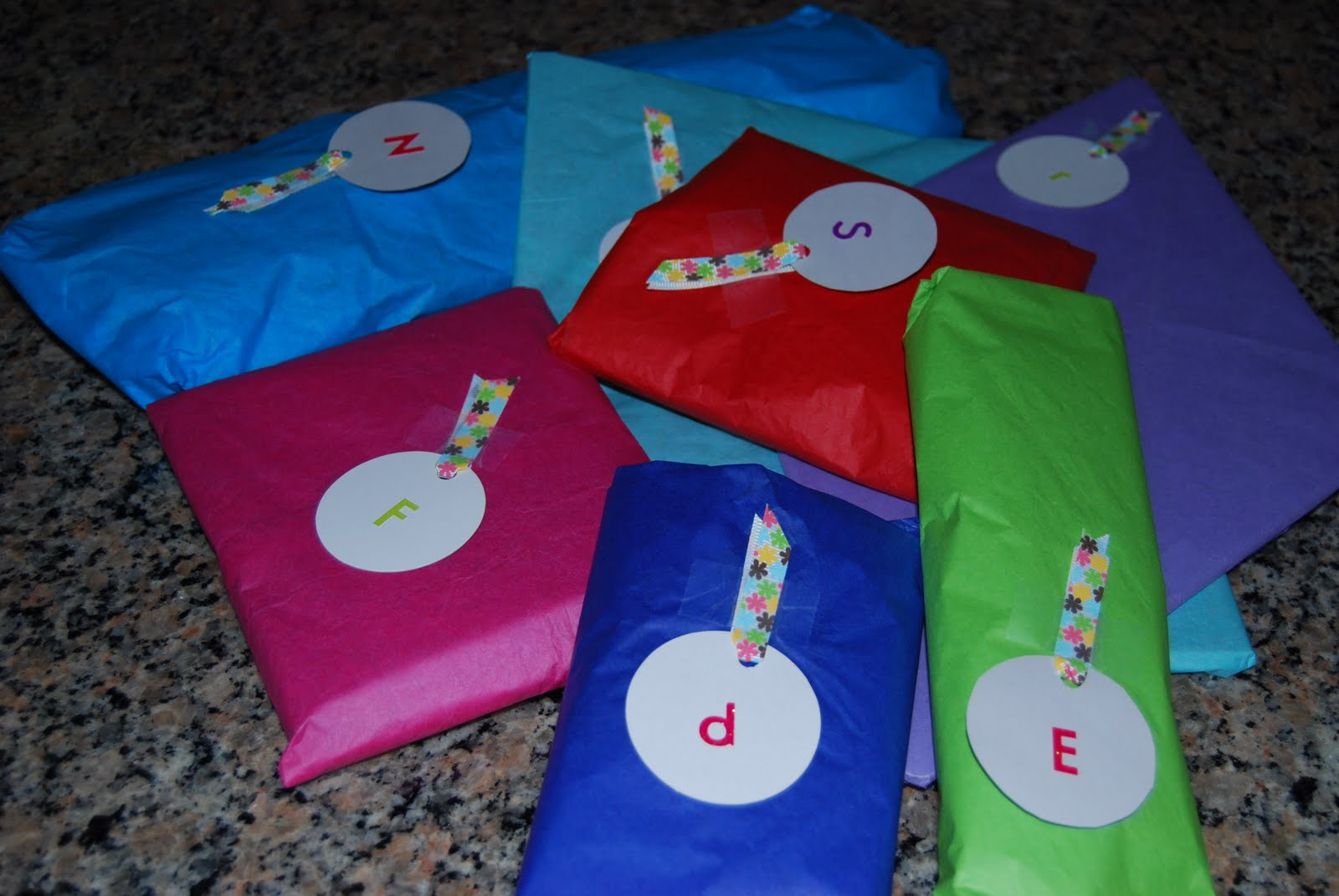 Baby Gifts Western Australia : Rooee s confetti a baby is on the way and so are two
