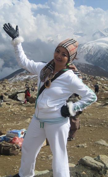 Gambar Maya Seksi Hot Bercuti Di Kashmir