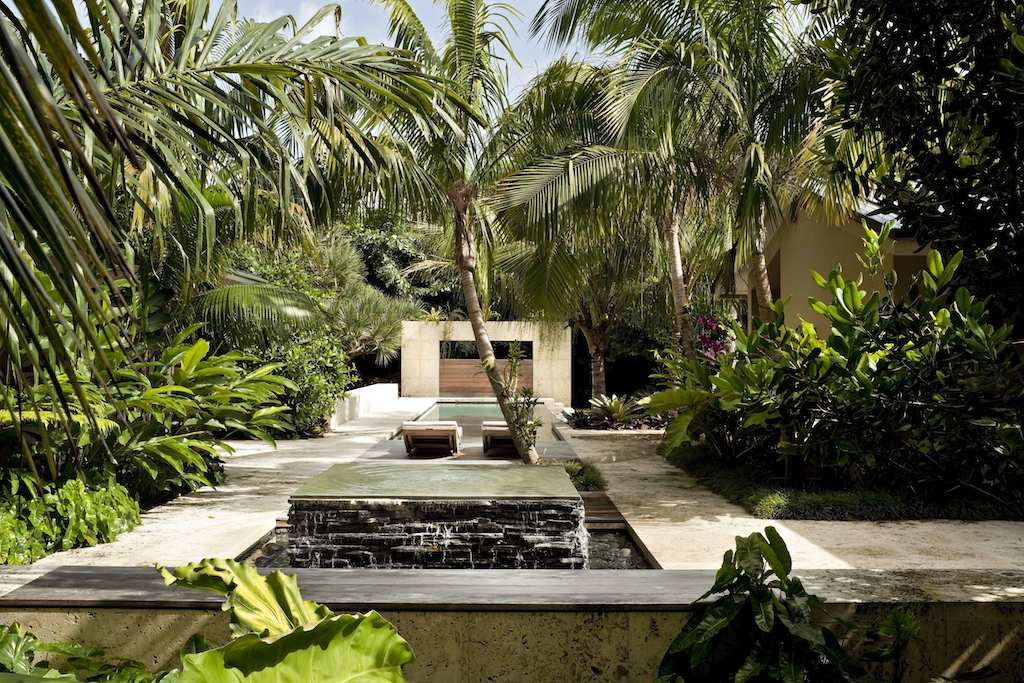 Tropical garden and landscape design modern design by for Tropical home garden design