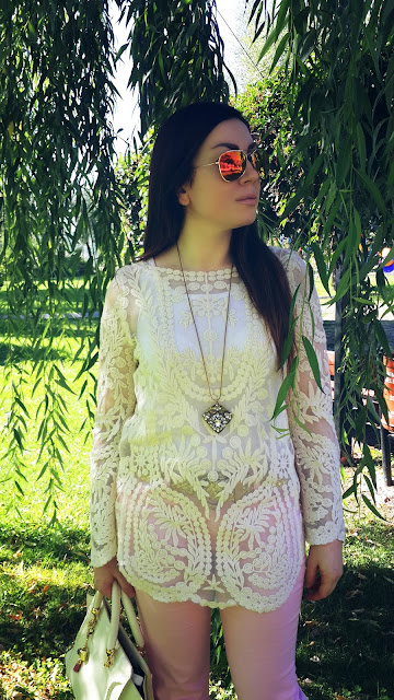 http://www.shein.com/White-Long-Sleeve-Hollow-Embroidery-T-Shirt-p-111403-cat-1733.html?utm_source=nilgunozenaydin.com&utm_medium=blogger&url_from=nilgunozenaydin.com