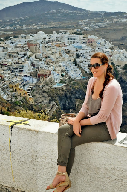 What to wear for Santorini? Basics!
