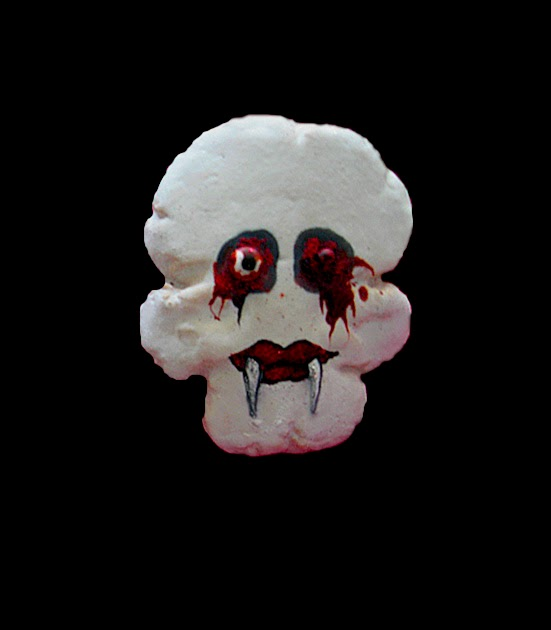 Vampire Skull Cookie