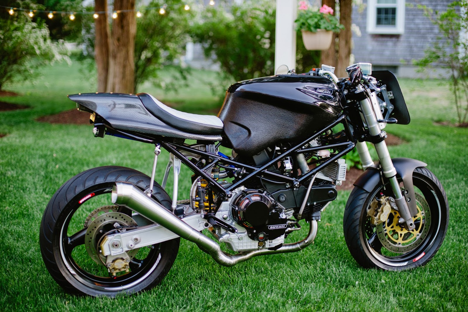 Koso Meter Wiring Monstertracker Ducati Monster 900 1995 Ive Had Some Comments About People Not Liking The Aluminum Colored Brackets That Support Headlight Plate On Front Of Bike