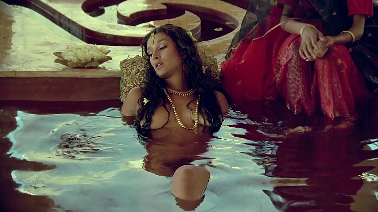 Bollywood bikini sutra
