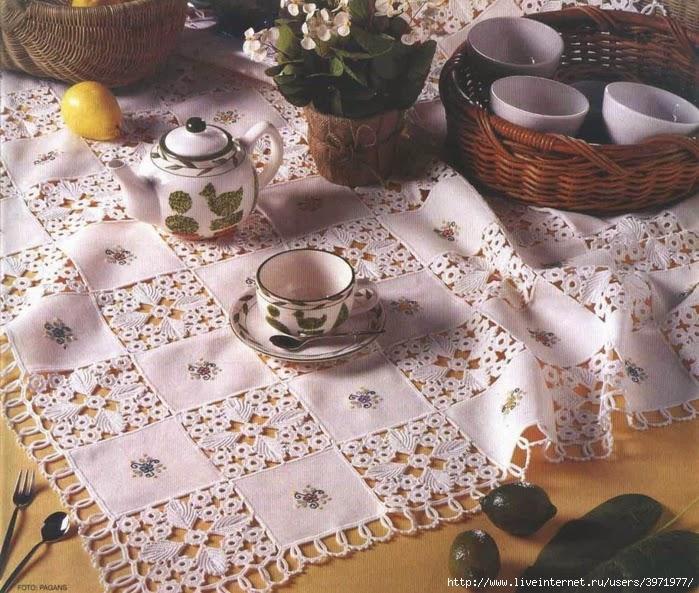 Mantel de lino y crochet con explicación en español